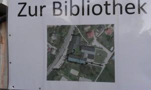 Weg zur Bibliothek